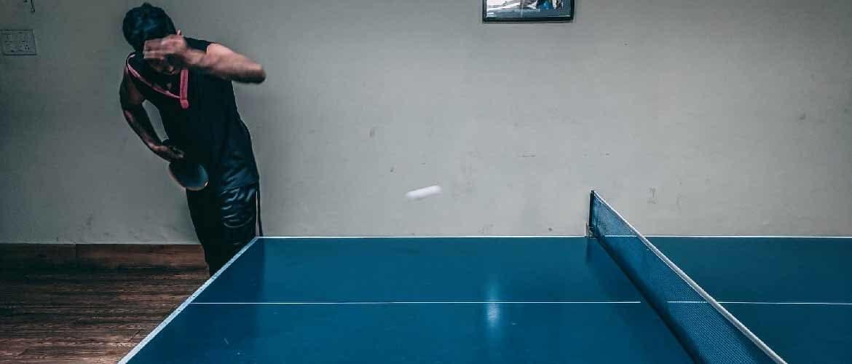 hoeveel ruimte rondom pingpong tafel